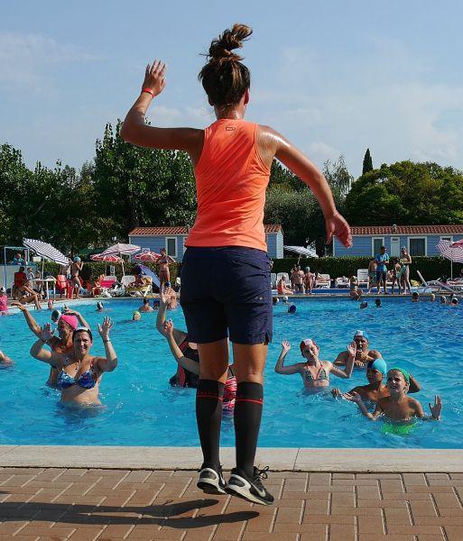 Wassergymnastik für Frühschwimmer/-innen!